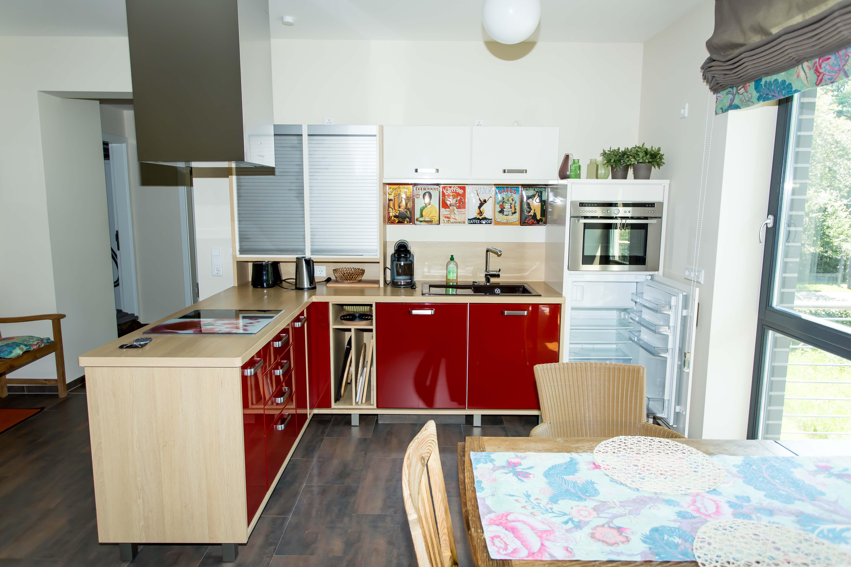 ihr zu hause in bad zwischenahn als ferienwohnung oder eigentum mit einer garage l s. Black Bedroom Furniture Sets. Home Design Ideas